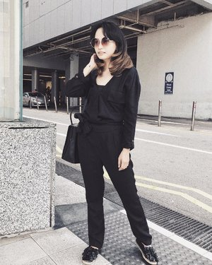 I'll stop wearing a black when they make a darker color . . . . . #quote #quoteoftheday #throwback #tuesday #throwbacktuesday #fashion #ootd #outfit #style #lookbookindonesia #clozetteID #CGStreetStyle #ootdindo #blogger #bloggerstyle #singapore #travelinstyle #fashionblogger