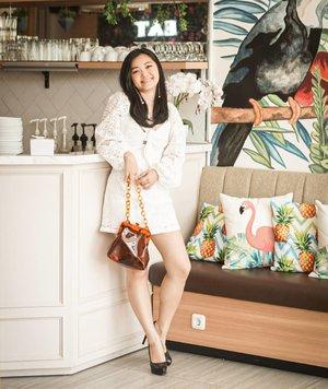 Eh huallowww yuks merapat!!! Kath mau pamer dress from @pomelofashion #pomelofall19 #pomelofashion Biasanya g update foto cepet. Tp terlalu indah jepretan @clarissaivena kali ini.. thank you queen tempeh!!!.....#bloggerindonesia #lookbookindonesia #beautyguru #beautyvlogger #beautyblogger #clozetteid #bloggerstyle #fashionblogger #fashionstylea #fashionindo #indonesianbeautyblogger #indonesian_blogger #indonesiabeautyblogger #youtubeasia #youtuberindonesia #clozetteambassador