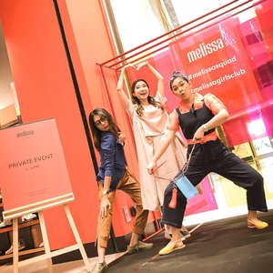 Last friday definitely so much FUN!!! Ga bakal pernah bosan kalau sama @melissashoes_id  Thank you @saracalista will miss you!! Buruan main k surabaya lagi. And thank you for the opportunitttiesss 😘💖😘💖 . . . . #melissagirlsclub #bloggerindonesia #lookbookindonesia #beautyguru #beautyvlogger #beautyblogger #clozetteid #bloggerstyle #fashionblogger #fashionstylea #fashionindo #indonesianbeautyblogger #indonesian_blogger #indonesiabeautyblogger #youtubeasia #youtuberindonesia #clozetteambassador