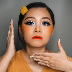 Nyolong makeup @ulynovita  Always adored her makeup and want to try!!! Its not easy at all!!! 😭😭 . . Product used @getthelookid sunblock!! Wow first matte sunblock. Emejing!! @makeoverid foundation @lancomeofficial #lancomeid concealer Soap & glory blot powder @maybelline brow and defined Toofaced bronzer @urbandecaycosmetics #udindonesia electric palette nad vice lite palette @blpbeauty liner @nyxcosmetics_indonesia white liner Focallure palette @focallure  Nyx butter lipstick @romandyou lip tint from @hicharis_official  Nail and eyelash from @two.cents . . . #charisceleb #tampilcantik #inspirasicantikmu #ragamkecantikan #undiscovered_muas #make4glam #dailygirlsfeed #tipscantik #koreanmakeup #videotutorial #makeuptutorial #autoplay @tampilcantik @tipscantikreatif #colorfulmakeup #ulzzang #asiangirls #clozetteid #clozetteambassador #cutemakeup #unicornmakeup #kidsmakeup #clozetteid @indobeautygram #clozetteambassador #ngalisjamannow #maybellineindonesia