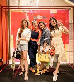 Gagal move on!!! Squad quy wkt @melissashoes_id event.. #melissagirlsclub #melissagirlsquad . . . . . #bloggerindonesia #lookbookindonesia #beautyguru #beautyvlogger #beautyblogger #clozetteid #bloggerstyle #fashionblogger #fashionstylea #fashionindo #indonesianbeautyblogger #indonesian_blogger #indonesiabeautyblogger #youtubeasia #youtuberindonesia #clozetteambassador