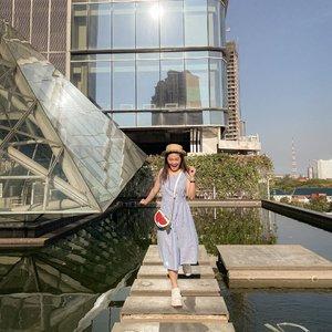 She lives life in her own little fairytales ❤️📸 husbie @santoso18#newnormal #lookbookindonesia #beautyguru #beautyvlogger #beautyblogger #clozetteid #bloggerstyle #fashionblogger #fashionstylea #fashionindo #indonesianbeautyblogger #indonesian_blogger #indonesiabeautyblogger #youtubeasia #youtuberindonesia #clozetteambassador