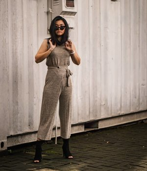 When you to lazy to dress up? Just used match outfit. Slay with sunglasses. And le~~go~~~My set from @cottonfield_id...#bloggerindonesia #lookbookindonesia #beautyguru #beautyvlogger #beautyblogger #clozetteid #bloggerstyle #fashionblogger #fashionstylea #fashionindo #indonesianbeautyblogger #indonesian_blogger #indonesiabeautyblogger #youtubeasia #youtuberindonesia #clozetteambassador #beautyindonesia #indobeautygram#stylehaul #cgstreetstyle #ggreptrend #ggrep #ootd