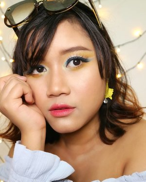 Summer.  Hairs get lighter.  Skin gets darker.  Water gets warmer.  Drinks get colder.  Music gets louder. Night get longer.  Life gets better.  another fun makeup looks for summer. 🏝🏖☀ eyeshadow using @juviasplace and @shuuemura glitter @focallure  #makeupideas  #makeup #beautybloggerindonesia  #asiangirls #javanesegirl #indobeautygram #summervibes☀️ #summermakeup #makeupartist #qatarmakeupartist #undiscoveredmuas #wakeupandmakeup #makeupartistsworldwide #instadoha #tampilcantik #kbbvfeautured #beautinesiamember #clozetteid #yukalicious15