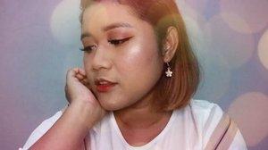 HI! HI!Akhirnya nyobain juga produknya @madame.gie Kali ini gw ada swatch dari series Precious Heartnya Madame Gie. Oh ya, video review lengkapnya ada di YouTube channel. so, check my bio 😘#vloggerindomancanegara#indobeautygram #beautybloggerindonesia#madamegie #tasyashoutoutfarasya #dwiendahpusparini #bvloggerid #tampilcantik #kbbvfeatured #clozzeteid #makeupideas #wakeupandmakeup #undiscoveredmuas #ragamkecantikan #clozetteid #beautynesiaid #yukalicious15