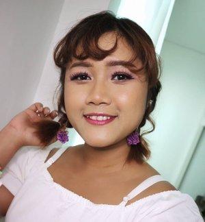 Hi! Hi!  Happy Sunday Everyone!! Uda Hari minggu aja nih. Gak berasa ya. Perasaan kmrn masih hari senin. 😂😁 Hari ini aku akan upload video tutorial baru. Tunggu aja ya di YouTube channelku.  Yg punya kulit sawo matang wajib nonton ya 😘♥️ XOXO  #makeup #makeupideas #tutorialmakeup #beautybloggerindonesia #beautynesiaid #clozetteid #indobeautygram #indonesiabeautyblogger #simpelmakeup #tampilcantik #yukalicious15