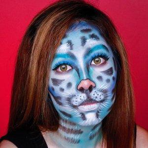 RAWR � . . Details: @beautyglazed Gorgeous Me Eyeshadow Palette @imagicofficial.id Color Flash Palette . . . . . . . . . . . . #artmakeup #clozetteid #makeup #wakeupandmakeup #colorfulmakeup #beautybloggers #makeuptransformation #100daysofmakeup #bunnyneedsmakeup #ragamkecantikan #makeupinspo #undiscoveredmuas #makeupaddict #fantasymakeup #creativemakeup #faceart #makeupillusion #artisticmakeup #facepaint #makeupartistry #instamakeupartist #animalmakeup #facepainting
