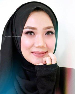 ✨The Balm Meet Matte Hughes in Sincere . . #FOTD • Eyebrow @anastasiabeverlyhills Brow Wiz + Sleek Makeup eyebrow kit • Eyeshadow @colourpopcosmetics • Blush on @ultima_id in Sahara Rose • Eyeliner @maybelline Hyper Sharp Liner • Eyelash @deyekoid • Base makeup BB Cream @hakubiindonesia & @covermark_id MVLX in MN20 . . #clozette #clozetteid #beauty #makeup #lippie #lipcream #matte #longlast #lipstickjunkie #thebalm #meetmattehughes #charming #instamkeup #instabeauty #bloggerreview #bbloggers #blogger #dasistersblog #travelkit #minilipstick #swatches #swatchig #hijabi #hijabers #HOTD #Hijabstyle #MOTD