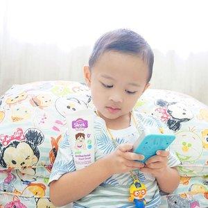 Baby Dinosaur & Sleek Baby Diaper Cream 👶🏻.Click link bio more detail info Sleek Baby Diaper Cream.#Clozette #Clozetteid #Beauty #Skincare #Bodycare #Bodytreatment #Diapercream #Antibacterial #baby #SleekBaby #sleekalamimelindungi #kidos #bodycream #protection #flatlays #bokeh #babydinosaur #dasistersblog #instadaily #instabeauty #Baby