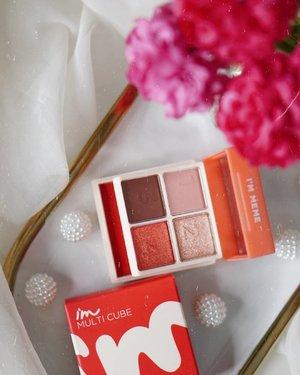 Friday to Love: Im Meme Multi Cube @immeme_official @immeme_indonesiaI got it from @yesstyle@yesstyleinfluencersGlowliciousMe🌏www.Glowlicious.Me____🌷🌷🌷____#indomakeup#zonamakeup#makeuplokal#cushionkorea#reviewmakeup#ClozetteID#JakartaBeautyBlogger#MakeupFlatlays#bloggerinspo#makeupfavorites#makeupstash#makeupenthusiasts#makeupinventory#makeupmata#tipsmakeupnatural#indobeautyblogger #makeupflatlay#makeupseharihari#indomakeup#belajardandan