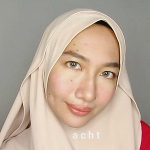 """Libur, males, tapi pengen tampil stunning 💃�.This is #aidachtutorial for a lazy day 😂.Products I used:@hatomugi.id skin conditioner. I got it from @nihonmart.@utamaspice peppermint lip balm.@eminacosmetics Top secret eyebrow.@maybelline fit me concealer 20 sand sable.@tammia_indonesia concealer brush.@eminacosmetics cream blush pink. I still use the old packaging.@gobancosmetics highlighter bronze nebula.@marckscosmeticind beauty powder putih.@brunbrun_paris lip cheek eye color dazzled..I only spent 5 minutes for this look, so there's no more """"cewek kalo makeup tuh lamaaa"""" 😗...#aidacht #clozetteid #beautiesquad #aidachtutorial #makeup #makeuptutorial #bvlogger #beautychannelid #bunnyneedsmakeup #wakeupandmakup #indobeautygram #ivgbeauty #tampilcantik @beautiesquad @bvlogger.id @beautychannel.id @bunnyneedsmakeup @wakeupandmakeup @indobeautygram @tampilcantik @malangbeautyinfluencer #malangbeautyinfluencer @malangbeautyblogger #malangbeautyblogger"""