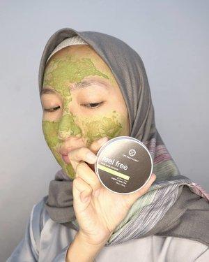 Pernah ngga sih, beli masker green tea tapi wanginya ngga green tea? 🍵.Salah satu yang aku suka dari masker @thebodyheart itu wanginya, enak banget! Kayak matcha yang bisa diminum itu loh. Review lengkapnya udah ada di blog, langsung cek aja yuk 💚 aku kepikiran buat giveaway kecil-kecilan yang hadiahnya masker. Kalian tertarik ngga?.#aidacht #beautiesquad #clozetteid #thebodyheart #facemask #indonesia #skincarejunckie #skincarereview