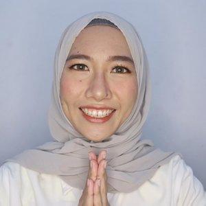 selamat hari raya bagi teman-teman yang merayakan! 🙏🏻⠀⠀⠀⠀⠀⠀⠀⠀⠀.⠀⠀⠀⠀⠀⠀⠀⠀⠀tutorial makeup ini ada di 2 post sebelumnya, ya. kalian tim makeup sebelum salat ied atau sesudah salat ied? atau ngga makeup seharian? 🙋🏻⠀⠀⠀⠀⠀⠀⠀⠀⠀.⠀⠀⠀⠀⠀⠀⠀⠀⠀.⠀⠀⠀⠀⠀⠀⠀⠀⠀.⠀⠀⠀⠀⠀⠀⠀⠀⠀#aidacht #clozetteid #beautiesquad #iedmubarak #ied #iedmakeup #koreanmakeup #makeupaddict #makeup #makeupjunkie #beautyblogger #beautybloggerindonesia #blogger⠀⠀⠀⠀⠀⠀⠀⠀⠀⠀⠀⠀⠀⠀⠀⠀⠀⠀Sent via @planoly #planoly