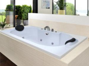 Bathtub model terbaru.  ukuran 180 x 89 x 42 cm bahan marble  HP : 087882292924