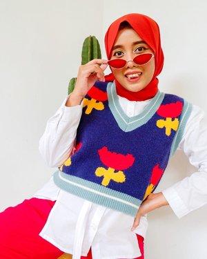 Cemata sejuta umat. Lucu sih, tapi pas dipake langsung migrain 😎❤️☹️ #whatzunawears #clozetteid . . . #whattowear #ootdhijab #ootdhijabindo #howtowear #aboutalook #hijabstreetstyle #hijabstyle #fashionhijab #ihavethisthingwithcolor #acolorstory #mystylingideas #hijabstyling #hijabstyleindonesia