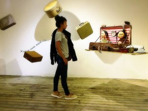 """Karena Cinta Masih Ada ... ""  The Floating Memory - Papermoon Puppet Theatre : Greenhost Boutique Hotel , 29 November 2016 - 16 Januari 2017... . . . . Cerita selengkapnya monggo langsung klik www.bit.ly/Papermoon . . . #clozetteid #papermoonpuppet #papermoonpuppettheatre #lifestyle #greenhost #yogyakarta #newyear #2017 #happyholiday"