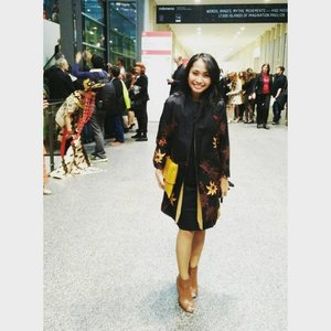 So glad to see you this cheerful on the picture 😘thanks dear @nathalieindry for trusting me your fashion taste for this big event!! take good care... xoxo  #sofiadewifashiondiary #frankurtbookfair2015 #frankurt #germany #ootd #clozetteid #clozette #batikchic #batiklover #Indonesia #modernIndonesia #IndonesiaCantik #CantikIndonesia  #Repost @nathalieindry ・・・ Wearing @swanstwenty at the Opening Ceremony of Frankfurt Book Fair 2015. Requested coat and clutch, very proud Indonesien, thank you xoxo. And oh, special thanks for the fashion designer @sophie_tobelly :))