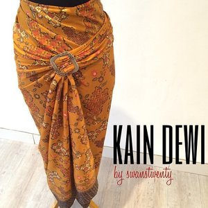 Our signature product... Kain dewi  Go grabs yours Walk in to our boutique today  Jl. Gandaria I no.47 Kebayoran Baru Jakarta Selatan 12130  Swanstwenty operation hours: 10am - 6pm  You can ask the direction via: Line: swanstwenty Whatsapp: +628896591327 Wechat: swanstwenty  See you :) #walkin #localbrandid #fashionid #modernIndonesia #swanstwenty #swanstwentyadv #iklaninstagram #fashionworld #fashion #butikjakarta #Indonesianbrand #clozette #clozetteid