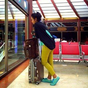 #latepost #latergram  My next workliday trip.. Wearing new outfit from @nimonina 😍 #clozette #clozetteid #nimoninabyswanstwenty #fashionworld #ootd #fashionid #wearitloveit #hellomalaysia #worklidayswanstwenty #worklidaynimonina #funtrip #funyourself #traveller  Pic by @mindalubis #funtraveller