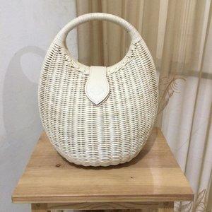 my kind of fav rattan bag by @houseofkitsu ❤️ #sofiadewifashiondiary #clozette #clozetteid #rattanbag
