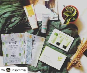 #Repost @insommia (@get_repost) ・・・ GIVEAWAY TIME! One winner will be chosen to each get (Indonesian only): 🌹 Innisfree Green Tea Fresh Special Kit 🌹 Daiso Japan Moisture Almond Peeling Gel. 🌹Daiso Japan Rich Moist Essence Mask (matcha, pearl barley, black pearl). 🌹 Espoleur Hand Cream Lemon Grass . . . How to enter: . You must visit my blog to register with IG/FB/Twitter/email in order that I can mail your package later. . . 🐾Visit and like my Facebook fanpage: Insommia Dott Net 🐾Follow me on Twitter @insom_mia . 🐾Follow me on Instagram, repost, tag me with hashtag #Insommia1stGiveaway . 🐾 Optional: share this to your friends!. . . This giveaway will be open until 24 Oct, the winner soon gonna be announced on 25 Oct. Also there is secret giveaway if you subscribes my newsletter!  For more information look at this link -> http://bit.ly/1stgiveaway_insommia #giveaway #giveawayindonesia #clozetteid #beauty #skincare #makeup #bodycare #daiso #innisfree #kumpulanemakblogger #indonesianbeautyblogger #beautyblogger #beautiesquad #indonesianfemaleblogger #bloggerperempuan