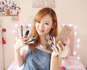 Have you seen my favorite makeup products of 2015? Watch the video on my youtube channel, https://youtu.be/6pjFWq7jCOM (link is on bio). Tell me what your favorite product is by leaving a comment down below. I would love to know them 😘😚 #JeanMilkaMOTD #JeanMilkaFaves #JeanMilkaChannel #favorite #favoritemakeup #motd #girl #favoritemakeup2015 #makeupfavorite #indobeautygram #indobeautyvlogger #beautyblogger #indonesianbeautyblogger #clozetteid #makeup