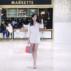 Don't be a woman that needs a man. Be a woman a man needs! 😙😉 #JeanMilkaThoughts . . #JeanMilkaOOTD #Fashion #style #bloggerstyle #streetstyle #streetfashion #fashionblogger #fashionbloggerindonesia #ootd #ootdindo #ootdindonesia #lookbook #lookbookindo #lookbookindonesia #todayoutfit #outfitoftheday #travelwithjeanmilka #clozetteid
