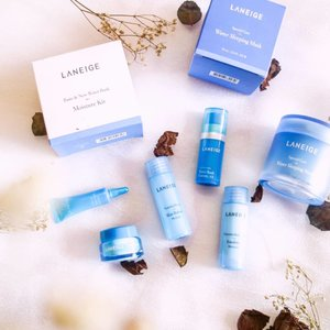 Goodies from @laneigeid ❤  Laneige Water Sleeping Mask is BOOM - BA- YAH  I Really love this innovated mask because is formulated with highly concentrated Hydro Ionized Mineral Water to deliver intense doses of moiature to stressed, parched skin  The result on my skin is feels radiant , refreshed and soft , So i need no worries because i woke up to soft and glowing skin  How about you ?! #clozetteid #clozettedaily  #laneigeid #watersleepingmask #mask #lovelymask #blogger #influencer #flatlay #flatlayphotos