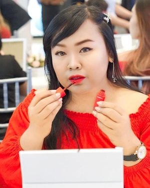 Happy Sunday ❤  Belum bisa move on dari acara @laneigeid & @glitzmediaco kemarin nih , swipe ke kanan untuk foto after dan keseruan lainnya ya !  #UnleashYourBeauty #WaterBankID #TattooLipTintID #Laneigexglitzmediaco #LuminousBeauty #clozette  #clozetteid  #clozettedaily  #beautyinfluencer #influencer #indobeautygram  #blogger #bblogger #indonesianblogger #surabayablogger #laneige #sbbevent #surabayabeautyblogger #tp6 #tunjunganplaza6