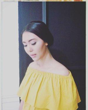 Never look down on yourself . . . . . . . . . . . . . #instagood #instanice #instalike #instafashion #clozetteid #StarClozetter #BeautyRedemption #bloggerid #bloggerbabesasia