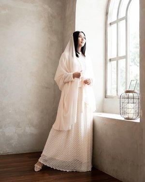 Ramadhan sebentar lagi 💕 . . . . . . . 👗: @bymiladiyah 💄: @by.allatifu 📷: @satya_agung ___ #ClozetteID #BeautyRedemption #Ramadhan #Modestwear #fashionjakarta #LifestyleBlogger #bloggerjakarta