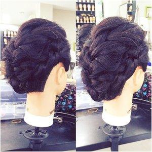 A simple faux- mohawk style sample if you like something simple and slightly messy ❤  For hairdo & makeup appointment: muses.wonderland@yahoo.com  #hairdowedding #hairstyle  #preweddingjakarta #weddingku #salonjakarta #weddingjakarta #hairstylistjakarta #muapenang #carimua #hairupdojakarta #hairdojakarta #hairdoindonesia #salonjakarta #rambutku #stylerambut #jakarta #indonesia  #carihairstylist #photoindonesia #theresiafeegy #clozetteid #penatarambut #zalonku #allthingshair #indobeautygram #muajakarta #makeupartistjakarta #muapenang #carimua  #kursusmakeupjakarta #belajarmakeupjakarta #beautyclassjakarta #ggrep