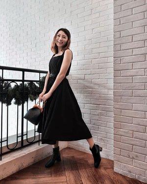 Wear black and lead colorful lives 🖤 @atsthelabel dress . . #Ootd #ootdfashion #ootdinspo #ootdideas #ootdindo #ootdindokece #ootdinspiration #ootdindonesia #indobeauty #indofashion #indofashionpedia #indofashionpeople #jakartaspot #jakartahits #ootdjakarta #jakartabeauty #indofashionblogger #clozetteid #lookbooks #lookbooklookbook #lookbookindonesia