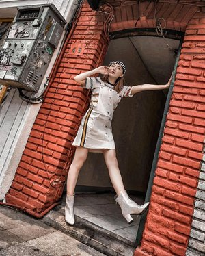 When we just walking n randomly see street-style-material, we stop and shoots 📸 @priscaangelina @steviiewong ❤️ . Overall @maxfashionsindonesia . . #Ootd #ootdfashion #ootdinspo #ootdideas #ootdindo #ootdindokece #ootdinspiration #ootdindonesia #indobeauty #indofashion #indofashionpedia #indofashionpeople #jakartaspot #jakartahits #ootdjakarta #jakartabeauty #indofashionblogger #clozetteid #lookbooks #lookbooklookbook #lookbookindonesia