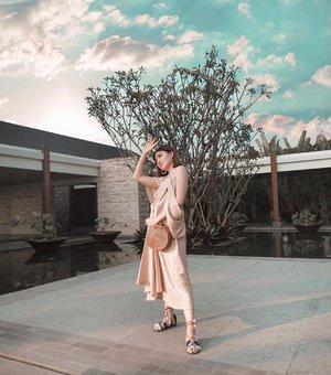 Hands On or Hands Off? 💕 @loveandflair . . . Ps. Wear heels and this will be perfect cocktail dress . . #Ootd #ootdfashion #ootdinspo #ootdideas #ootdindo #ootdindokece #ootdinspiration #ootdindonesia #indobeauty #indofashion #indofashionpedia #indofashionpeople #jakartaspot #jakartahits #ootdjakarta #jakartabeauty #indofashionblogger #clozetteid #lookbooks #lookbooklookbook #lookbookindonesia