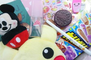 Do you know that I'm hosting an international giveaway with @kawaiiboxco?  If you want to get a box full of cuteness for free, let's join my giveaway and go to http://kawaiiboxga. Once again, it's open INTERNATIONALLY 🎁💕 #ClozetteID #kawaiibox #giveaway #internationalgiveaway #かわいい