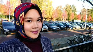 My make up for fall season, got the blusher and lipstick from @styletonebox the first subscription box I purchased in the Netherlands as a gift for myself after exam ���......#beautybloggernl #beautybloggerindonesia #IndonesianFemaleBloggers #clozetteid #bloggerceriaid #motd #fall #fallmakeup #herfst #herfstintilburg #autumn #styletone #styletonebox #makeup #makeupartist