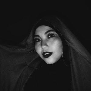 ___Senyum sikit napa 😬___#ClozetteID #beautyranger #beautyrangercollab#monochrome #boldmakeup