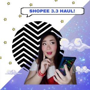 Hokayyy.. jadi yang udah kenal aku pasti udah tau lah kalo aku tuh ehm.. a little bit of a shopaholic. It's no secret lah, dan dulu aku tuh suka banget bikin haul posts di blog aku sampe banyak yang manggil Queen of Haul 🤣, parah lah pokoknya.Tapi makin tua aku makin kiasu 🤣🤣🤣 apalagi sejak kenal sama yang namanya Shopee (tyda di sponsorin @shopee_id but i'd love to be sponsored by them LOL!), dari yang kalo belanja cuma di luar negri (true story, i was once this bad haha) sekarang 90% belanjaanku dari Shopee dan super receh2 🤣. Aku bisa banding2kan harga di toko-toko berjam-jam, beda seribu aja aku pindah toko OMG..Jaman pandemi gini aku makin pelit, one thing i will never do is pay shipping 😤, jadi most of the time aku belanjanya sebulan sekali pas promo free ongkir doank hahaha. Apalagi kalo ada produk 99-1000 rupiah free ongkir, butuh ga butuh ya aku check out (sampe kali ini ada cincin seribu rupiah yang menghilang secara misterius, ga tau keselip apa jatuh pas paket dibawa pulang hubby secara itu kecil banget cuma cincin sebijik 🤣) dan ini sumpah jadi hobby baru, hunting barang super murah! Ini aku dapet tanktop 5rb an dan lumayan bagus looo, imma style and post it soon!Satu2nya barang yang zonk (selain cincin yang raib) tuh handphone holder yang datengnya kayak holder buat hp boneka 🤣🤣🤣 yahh seribu minta selamet ya kan.Anyway, semoga kalian suka liat haulku hihihi (biasanya banyak yang keracun tolong jangan salahkan aku), if you do please support this post and i will make more in the future!#haul #shopeehaul #shopeehaulmurah #BeauteFemmeCommunity #SbyBeautyBlogger #clozetteid #startwithSBN #socobeautynetwork