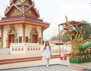 Laughing at the latest drama i am embroiled in. Seriously, i attract *peep* *peep*! #pinkinmalaysia #pinkinpenang#clozetteid #sbybeautyblogger #beautynesiamember #bloggerceria #influencer #beautyinfluencer #jalanjalan #wanderlust #blogger #bbloggerid #beautyblogger #indonesianblogger #surabayablogger #travelblogger  #indonesianbeautyblogger #travelblogger #girl #travel #trip #pinkjalanjalan #ootd  #bloggerperempuan #traveltheworld #penang #watchayamangkalaram #watchayamangkalarambuddhisttemple #penangtemple