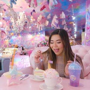 Already day dreaming about (safe) cafe hopping with @cynthiansunartio , safe distance, look for quiet places, bring masks and hand sanitizer. Maybe next week?#throwback#BeauteFemmeCommunity#unicorn🦄 #unicorncafe#cafebangkok #bangkokcafe #bangkok#pinkinthailand #clozetteid #sbybeautyblogger #beautynesiamember #bloggerceria #influencer #jalanjalan #wanderlust #blogger #indonesianblogger #surabayablogger #travelblogger  #indonesianbeautyblogger #indonesiantravelblogger #girl #surabayainfluencer #travel #trip #pinkjalanjalan #bloggerperempuan  #asian  #thailand #pinkinbangkok