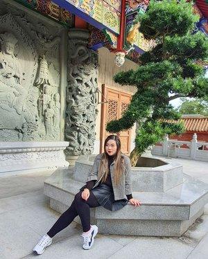 20 days into 2020 and i can already tell it's going to be 100x better than 2019. We can do this!!! #pinkinhongkong #lantauisland#ngongping360 #ngongping#clozetteid #sbybeautyblogger #beautynesiamember #bloggerceria #influencer #jalanjalan #wanderlust #blogger #indonesianblogger #surabayablogger #travelblogger  #indonesianbeautyblogger #indonesiantravelblogger #girl #surabayainfluencer #travel #trip #pinkjalanjalan #lifestyle #bloggerperempuan  #asian  #hongkong #hongkong🇭🇰 #ootd #ootdid #asian