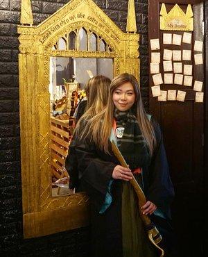 Always wanted to be Cho Chang than Hermione... #potterhead #potterheadcafepenang #potterheads #penangcafe#pinkinmalaysia #pinkinpenang#clozetteid #sbybeautyblogger #beautynesiamember #bloggerceria #influencer #beautyinfluencer #jalanjalan #wanderlust #blogger #bbloggerid #beautyblogger #indonesianblogger #surabayablogger #travelblogger  #indonesianbeautyblogger #travelblogger #girls #surabayainfluencer #travel #trip #pinkjalanjalan  #bloggerperempuan