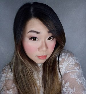 My current fail-proof lazy, fast but effective to make me feel good makeup : max 2  eyeshadow shades, 1 super shimmery (i tend to use highlighters lately haha) and 1 darker tone for the crease, eyebrow tint, rosy cheeks, nude and comfortable lippie plus vava voom highlighter!  I was stuck in a highlighter rut for a while and has been rediscovering my obsession with them. Currently obsessed with LA Girl Strobelite Strobing Powder.  The one that i am using in this pic is 110 wat, which is pale golden and blinding, highly recommended for y'all who are as obsessed to be a delicate disco light as me (closer look and stuffs will be shared later). Best place to grab the Strobelite is definitely, without a doubt @kumurabeauty don't be sorry if you buy it somewhere else, i already warned ya!  #makeup #recommendedonlineshop #onlineshopmurah #highlighter  #lagirlstrobelite #softmakeup #endorsement #endorsersby #openendorsement  #clozetteid #girl #asian #sbybeautyblogger #bloggerindonesia #bloggerceria #beautynesiamember #influencer #beautyinfluencer #surabayablogger #SurabayaBeautyBlogger #bbloggerid #beautybloggerid #beautybloggerindonesia #surabayainfluencer #bloggerperempuan #indobeautysquad  #indonesianblogger #indonesianbeautyblogger #influencersurabaya