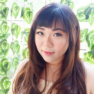 Wearing @misslash.id 's Miss Eve and feeling fabulous 😄  #misslash #iammisslash #aphrodites #aphroditesxmisslash #aphroditesrecommend #lash #falseeyelash  #sbybeautyblogger #clozetteid #blogger #bblogger #bbloggerid #beautyblogger #beautynesiamember #bloggerceria #sbybeautyblogger  #influencer #beautyinfluencer #indonesianblogger #indonesianbeautyblogger  #surabayabeautyblogger #endorsementid #falsies #endorsersby #girl #asian #beautybloggerindonesia  #sponsored #endorsement