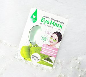 I am addicted to gel eye patches so i was very excited when i see this Aloe Vera & Fresh Collagen Eye Mask from @cathydollindonesia inside @sbybeautyblogger 's 3rd Soiree Goodie bag!  These eye patches are not only cute to look at (with that light green shade), they are pleasantly scented,  super cooling without me having to put it in the fridge (it's probably the most cooling eye mask i've ever tried)  without irritating my eyes,  and it's super comfortable and hydrating.  The only slight negative is probably the fact that they're a bit slippery so they might slide down quite a bit if you're not laying down while using them.  My dry undereyes are immediately brighter and suppler with just one use!  I would recommend using these eye masks a few times a week for top results 😊  #sbbxcathydoll #cathydollindonesia #sbbreview #cathydoll  #sbybeautyblogger  #clozetteid #blogger #bblogger #bbloggerid #beautyblogger #beautynesiamember #bloggerceria #sbybeautyblogger  #influencer #beautyinfluencer #indonesianblogger #indonesianbeautyblogger  #surabayabeautyblogger #girl #asian #review #sbbreview #sbbreviews #beautybloggerindonesia #geleyemask #eyemask #eyemaskreview  #skincare