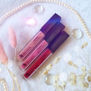 Simple but practical packaging of @bellvadabeauty Infinity ColourStay Matte. I do enjoy the slim and compact size that i can be slipped easily in your purse or pocket.  You can also see how each shade looks on me, my personal fave is Chilling Red - it is a darker red with purple hint, a type of shade that i really enjoy, but i honestly like Calming Nude and Sparkling Mauve a lot too. A lot of you pointed out that Calming Nude and Chilling Red would be a perfect pair for an ombre lips and i will definitely give it a try as i do love ombre lips too!  And yes, for those of you who are asking, Calming Nude might be quite pale on darker skin tone but it would probably a nice base for ombre lips!  #bellvadabeauty #JakartaBeautyBlogger #JakartaBeautyBloggerFeatBellvadaBeauty #ReviewwithMindy  #lipcream #lipstick #lipcreamreview #lipstick💄 #lipcreammatte #lipswatches #lipstickjunkie  #clozetteid #sbybeautyblogger #beautynesiamember #bloggerceria #beautysocietyid #bloggerperempuan #bbloggerid #indonesianfemalebloggers #review #lipstickaddict #beautefemmecommunity  #influencer #beautyinfluencer #SURABAYABEAUTYBLOGGER #endorsement #endorsementid #endorsersby #openendorsement