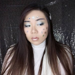Always learning that no matter what we do or plan, sometimes life throws us unexpected curves and we just gotta work with it!  How's your first day of 2021?  #clozetteid #icymakeup #frozenmakeup #wintermakeup #BeauteFemmeCommunity  #thematiclook #thematicmakeup  #sbybeautyblogger #makeup #ilovemakeup #clozetteid #sbybeautyblogger