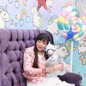 Am OTW back to Surabaya. Are you ready to stumble into me? 😁😁😁. #icecreamworld#icecreamworldmalang#pinkinmalang#clozetteid #sbybeautyblogger #beautynesiamember #bloggerceria #influencer #beautyinfluencer #jalanjalan #wanderlust #blogger #bbloggerid #beautyblogger #indonesianblogger #surabayablogger #travelblogger  #indonesianbeautyblogger #travelblogger #girl  #surabayainfluencer #travel #trip #pinkjalanjalan #ootd #ootdid #girlygirl #malang #jawatimurpark3 #pastelcolors