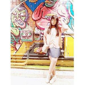 Can i post a pretend artsy fartsy photo once in a while? Artsy fartsy wannabe hahahaha  #pinkinjapan #pinkintokyo #japantrip2018 #girl #asian #ootd #ootdid #ootdjapan #pinkholiday #pinkjalanjalan #jalanjalan #clozetteid #sbybeautyblogger #beautynesiamember #bloggerceria #traveltheworld #itchyfeet #wanderer #traveler #blogger #influencer #travelblogger  #lifestyleblogger #citizenoftheworld #girlygirl #kawaiilife #semicharmedlife #lifewelltraveled #japan #harajuku